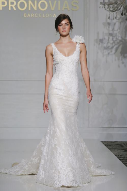 pronovias_fall_2016_bridal_collection_17