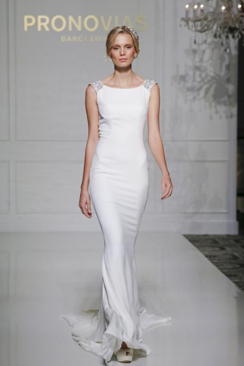 pronovias_fall_2016_bridal_collection_8