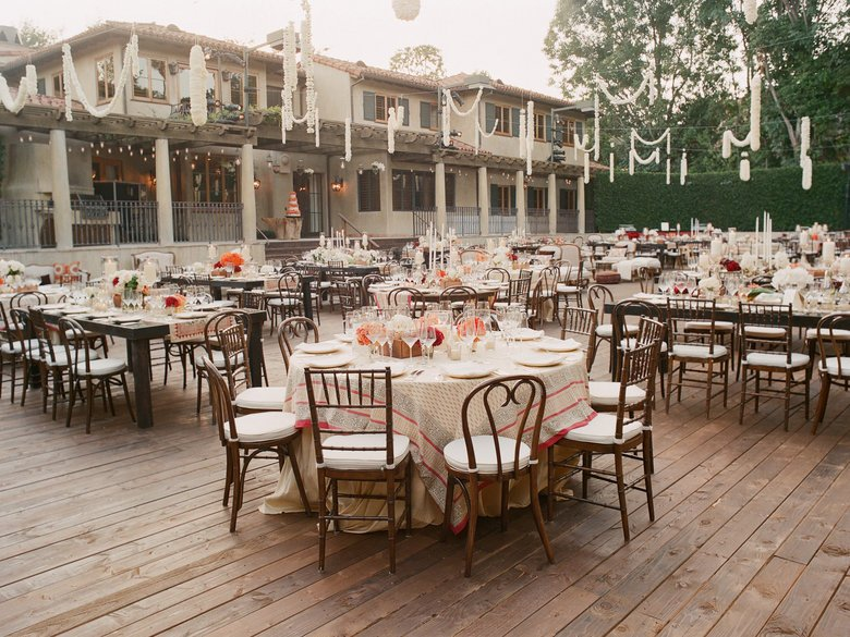 Image courtesy of: Elizabeth Messina Photographers https://www.theknot.com/content/13-genius-places-to-hang-a-wedding-garland
