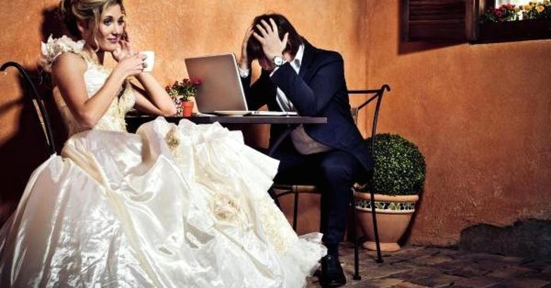 Image courtesy of: http://www.cnbc.com/2013/05/26/8-Ways-to-Cut-Wedding-Costs-Without-Looking-Cheap.html